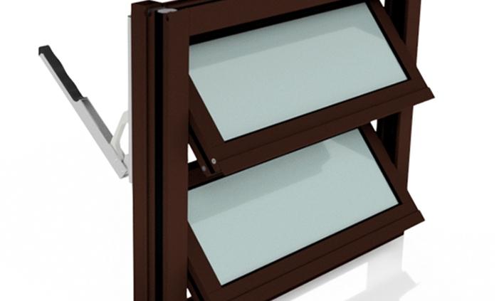 Lamellenfenster mit thermischer Trennung in Nussbraun und mit Handhebel rechts